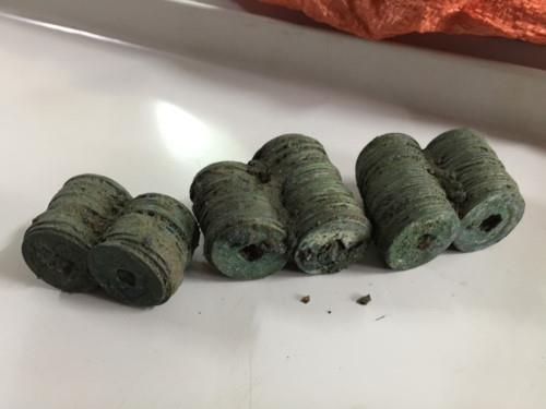 Plus de 100 kg de pieces de monnaie anciennes decouvertes a Yen Bai hinh anh 1