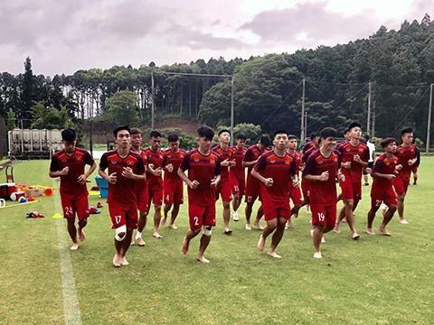 L'U18 du Vietnam prete pour le Championnat U18 d'Asie du Sud-Est hinh anh 1