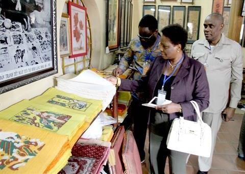Le dossier sur l'art populaire des estampes de Dong Ho sera bientot soumis a l'UNESCO hinh anh 1