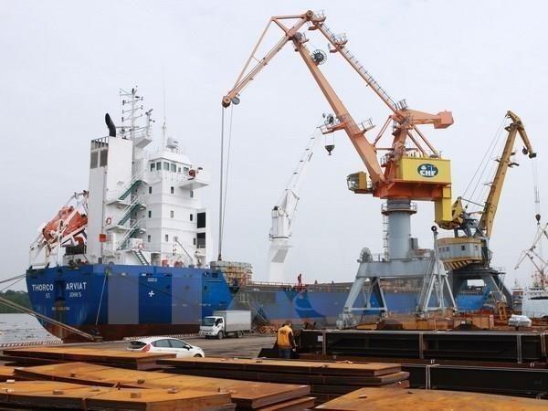 Les investisseurs etrangers s'interessent a la logistique vietnamienne hinh anh 1