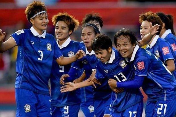 Le Vietnam rencontrera la Thailande en finale du Championnat feminin de l'AFF hinh anh 2