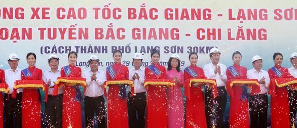 Un troncon de l'autoroute Bac Giang – Lang Son ouvert au trafic hinh anh 1