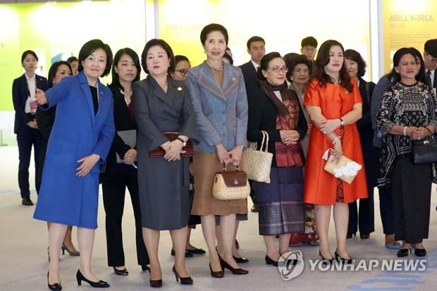 K-beauty seduit en marge du Sommet ASEAN-Republique de Coree hinh anh 1