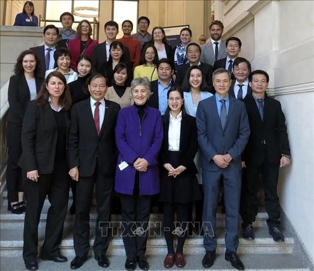 Sante: une formation a l'intention de chefs d'entreprise vietnamiens en Allemagne hinh anh 1