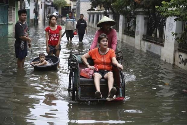 Inondations en Indonesie : au moins 66 morts, des milliers de sans-abris hinh anh 1