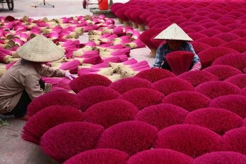 A Hanoi, au village de l'encens parfume hinh anh 1