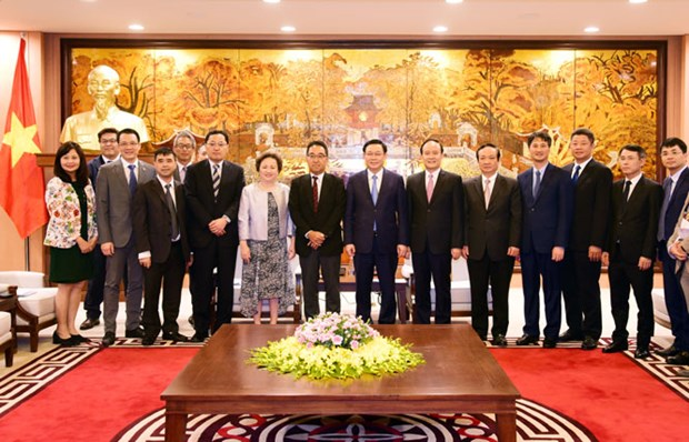 Hanoi s'engage a faciliter les investissements etrangers hinh anh 1
