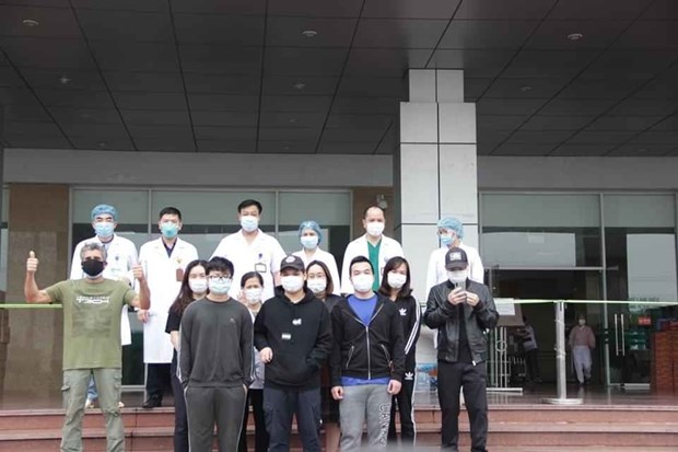 COVID-19 : Douze patients annonces gueris au Vietnam hinh anh 1