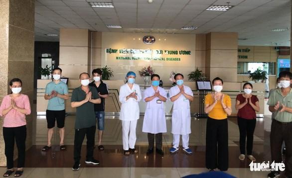 COVID-19 : huit nouveaux patients gueris au Vietnam hinh anh 1