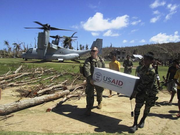 Les Philippines suspendent leur sortie d'un traite militaire avec les Etats-Unis hinh anh 1