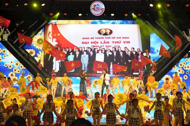 Un programme artistique retrace la voie de developpement de Ho Chi Minh-Ville hinh anh 1