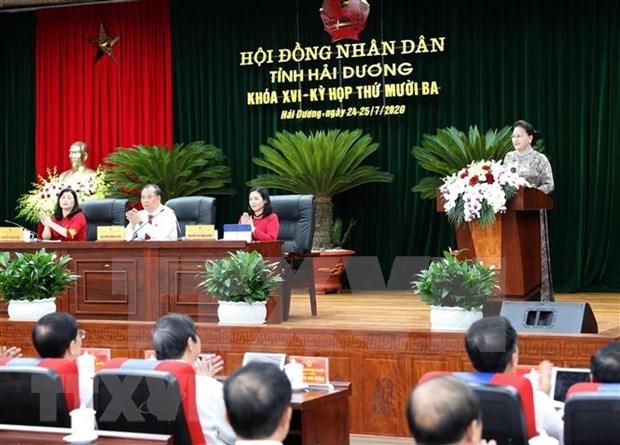 La presidente de l'AN salue les efforts de developpement de la province de Hai Duong hinh anh 2