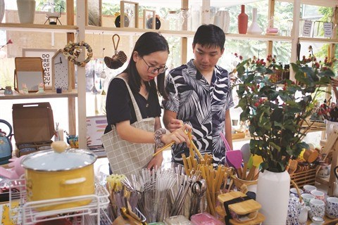 Haro sur le plastique pour les cafes ecologiques hinh anh 1