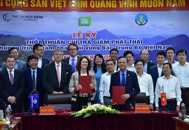 Le Vietnam et la BM signent un accord d'achat de reductions d'emissions hinh anh 1