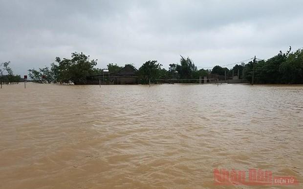 L'UNFPA soutient les femmes et les filles du Centre affectees par les inondations hinh anh 1
