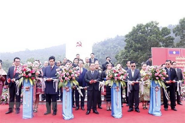 Inauguration du vestige historique de Nam Xoi, berceau de la revolution lao hinh anh 1