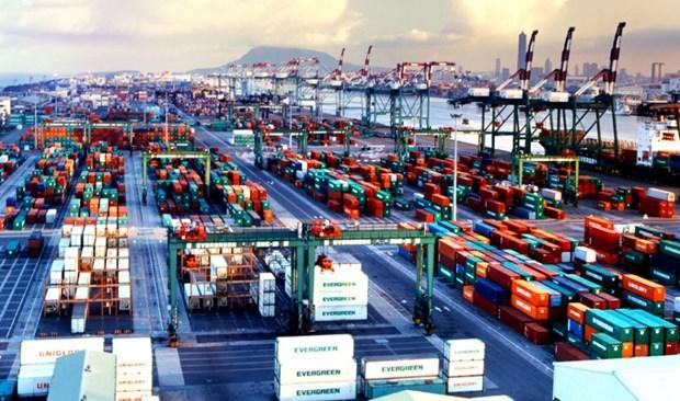 Optimiser les services logistiques, cle pour dynamiser les echanges Vietnam – UE hinh anh 1