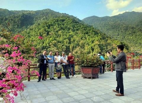 COVID-19 : le tourisme vietnamien cherche a rebondir en 2021 hinh anh 1