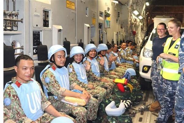 Les soldats en blouse blanche de Truong Sa hinh anh 5