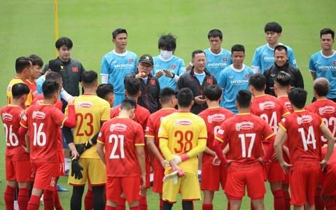Eliminatoires de la Coupe du Monde 2022 : 29 footballeurs vietnamiens partiront pour les EAU hinh anh 1
