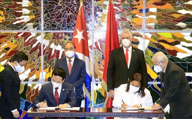 Le Vietnam et Cuba renforcent la cooperation dans l'information et les communications hinh anh 1