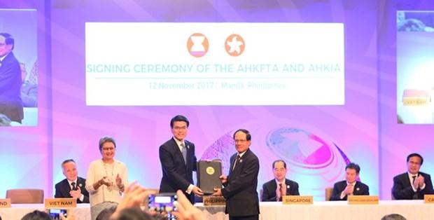 L'accord de libre-echange ASEAN-Hong Kong devrait entrer en vigueur en 2019 hinh anh 1