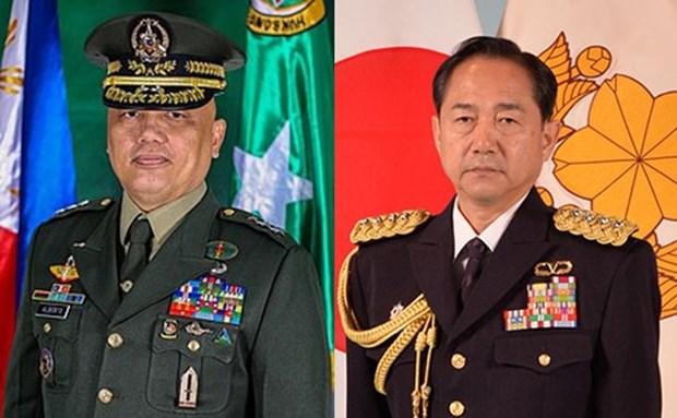 Japon et Philippines discutent de cooperation dans la defense hinh anh 1