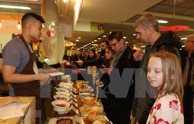 Fete de la gastronomie de rue du Vietnam a Moscou hinh anh 1