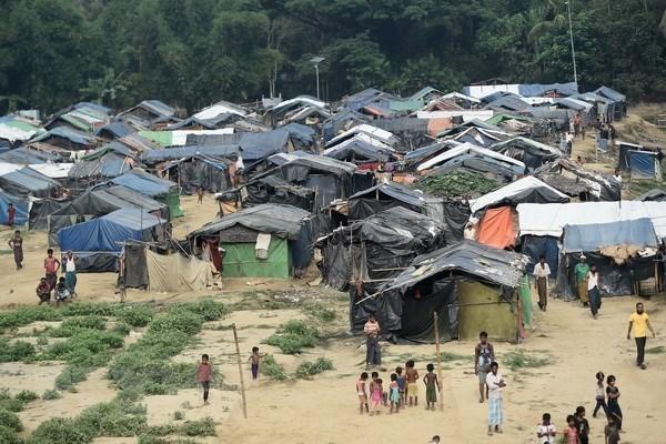 Myanmar : un tribunal militaire va enqueter sur les allegations d'atrocites contre les Rohingyas hinh anh 1