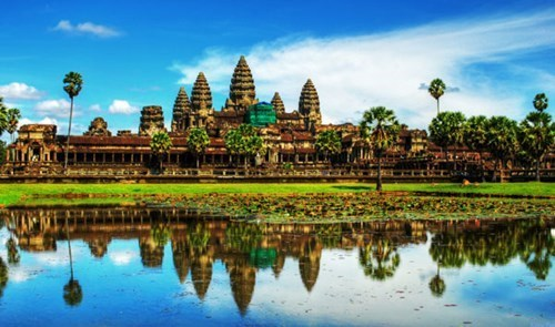 Les arrivees de touristes au Cambodge augmentent pendant la fete Chol Chnam Thmey hinh anh 1