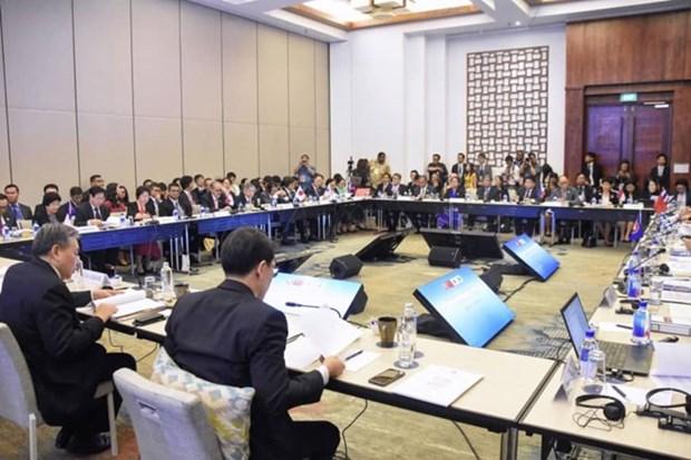 L'ASEAN + 3 propose des mesures pour faire face a la crise financiere hinh anh 1