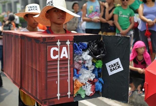 Le Canada propose de rapatrier des ordures depuis les Philippines hinh anh 1