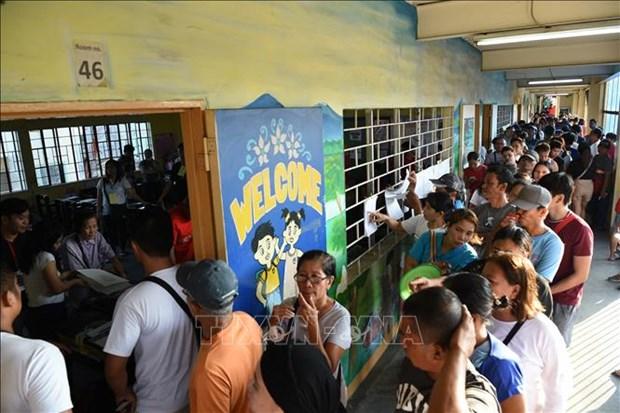 Les electeurs philippins vont aux urnes hinh anh 1