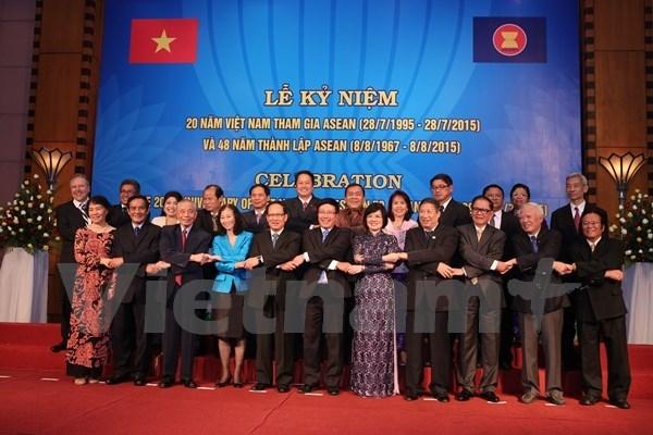 Celebration du 20e anniversaire de l'adhesion du Vietnam a l'ASEAN hinh anh 1