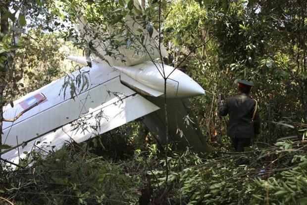 Le Laos a retrouve un avion militaire accidente hinh anh 1