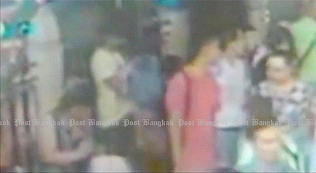Attentat a Bangkok : deux nouveaux suspects hinh anh 1