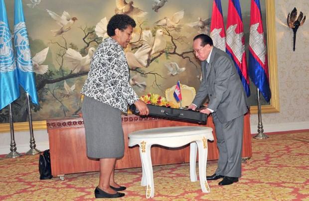Cartes du Cambodge: Hun Sen avertit de l'emploi de la methode forte hinh anh 2