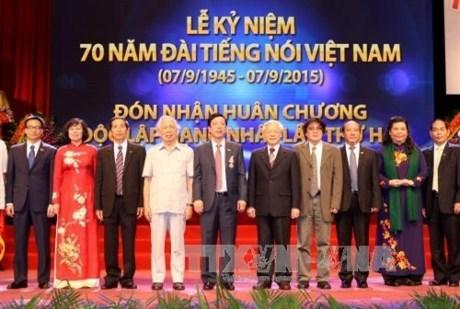 La VOV celebre son 70eme anniversaire de naissance hinh anh 2