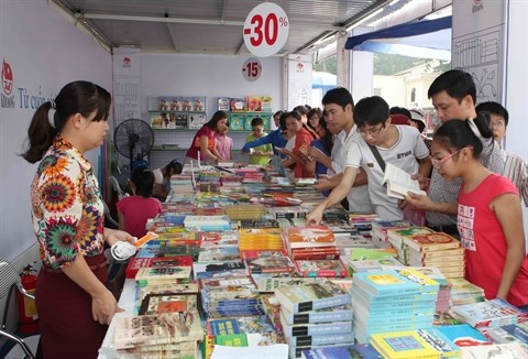 Bientot le Salon du livre de Hanoi 2015 hinh anh 1