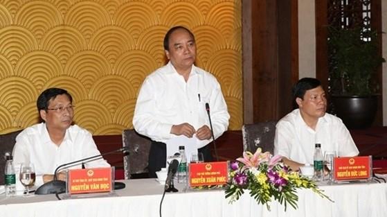 Le vice-PM Nguyen Xuan Phuc travaille dans la province de Quang Ninh hinh anh 1
