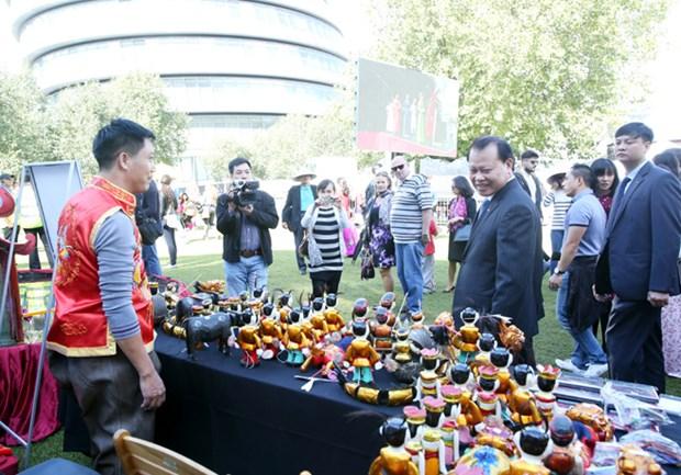 Vu Van Ninh inaugure le festival Vietnam Discovery au Royaume-Uni hinh anh 2
