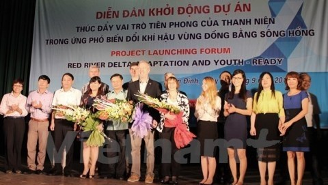 Les jeunes Vietnamiens appeles a lutter contre le changement climatique hinh anh 1
