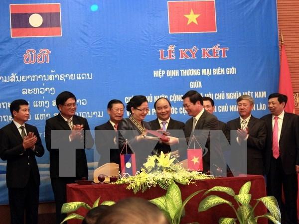 Le Vietnam parmi les grands investisseurs au Laos hinh anh 1
