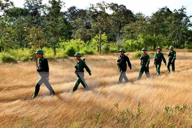 Reunion sur la securite et la defense de la ligne frontaliere Vietnam-Cambodge a Can Tho hinh anh 1