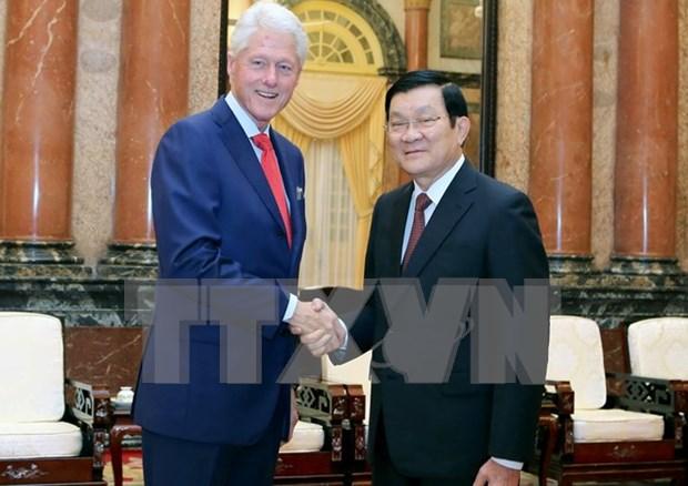 Le president Truong Tan Sang rencontre l'ancien president Bill Clinton hinh anh 1