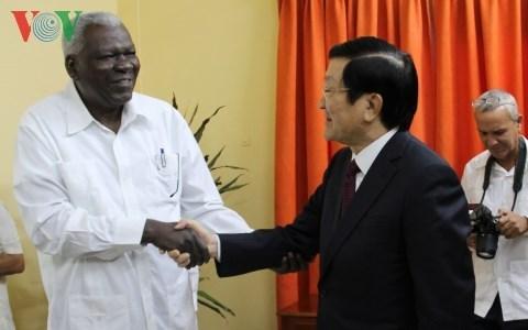 Le Vietnam prend en consideration les relations d'amitie traditionnelles avec Cuba hinh anh 1