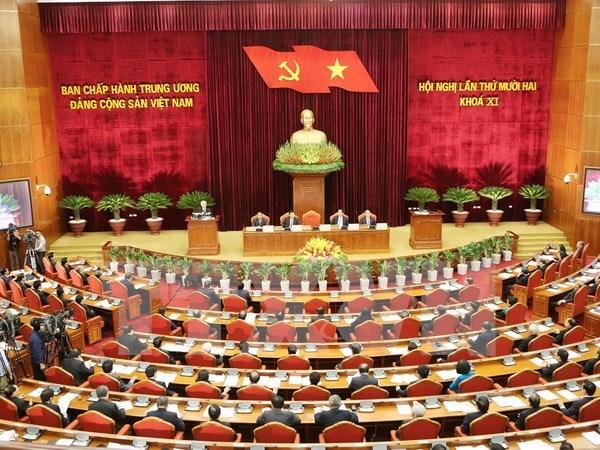 Premiere journee de travail du 12e Plenum du CC du PCV du 11e mandat hinh anh 1