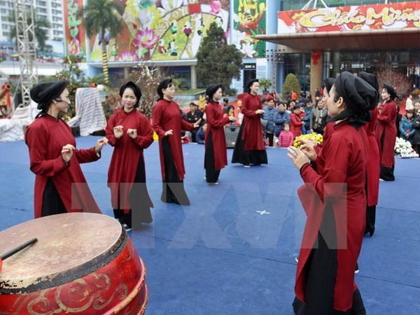 Presentation du chant Xoan a des experts asiatiques hinh anh 1