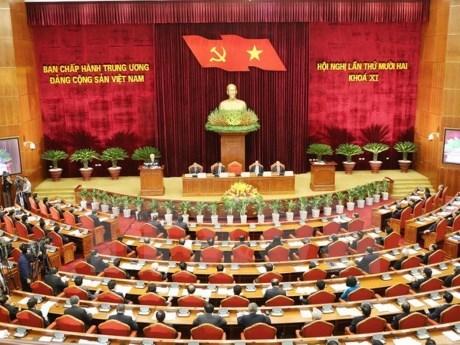 La 5e journee de travail du 12e Plenum du Comite central du PCV hinh anh 1