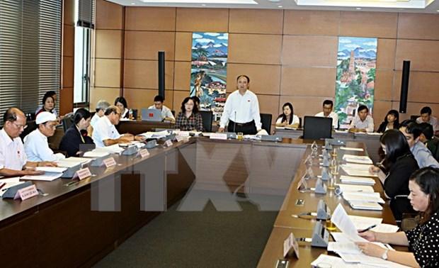 L'Assemblee nationale discute de questions socio-economiques hinh anh 1